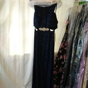 Lenovia Dresses - Sequined Lace Mermaid Gown